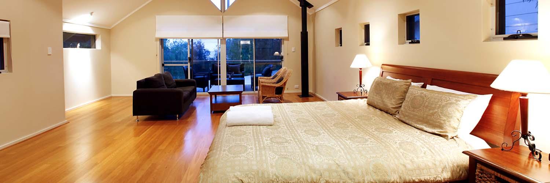 - House 10 Waterfront Resort